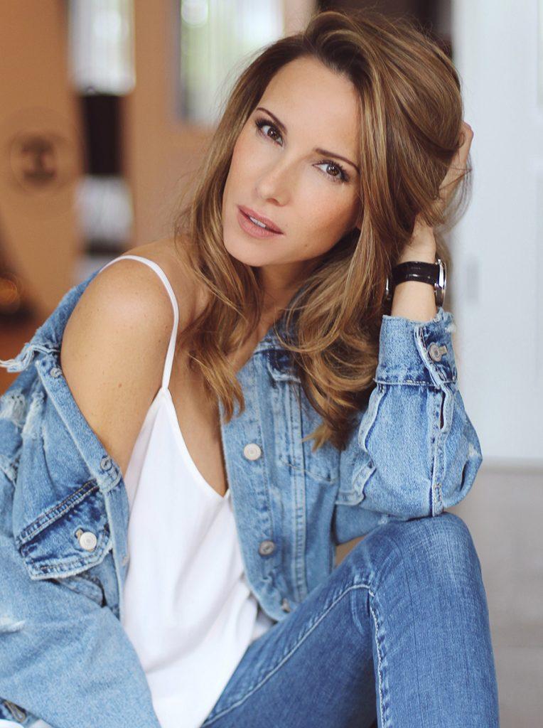 Portraitpicture of Alexandra Lapp - Blogger from Düsseldorf Germany