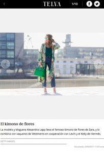 El kimono de flores - La tendencia del momento_el kimono largo - 2017 04 - Alexandra Lapp - found on http://www.telva.com/moda/tendencias/album/2017/04/20/58f8b70bca4741f7028b470f_1.html