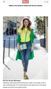 Green is the color of choice for this fall season - Foto 4 - us-hola.com - 2019 10 02 - Alexandra Lapp - found on https://us.hola.com/fashion/gallery/2019102128828/fall-fashion-accessories-green-trends-gallery/4/?viewas=amp