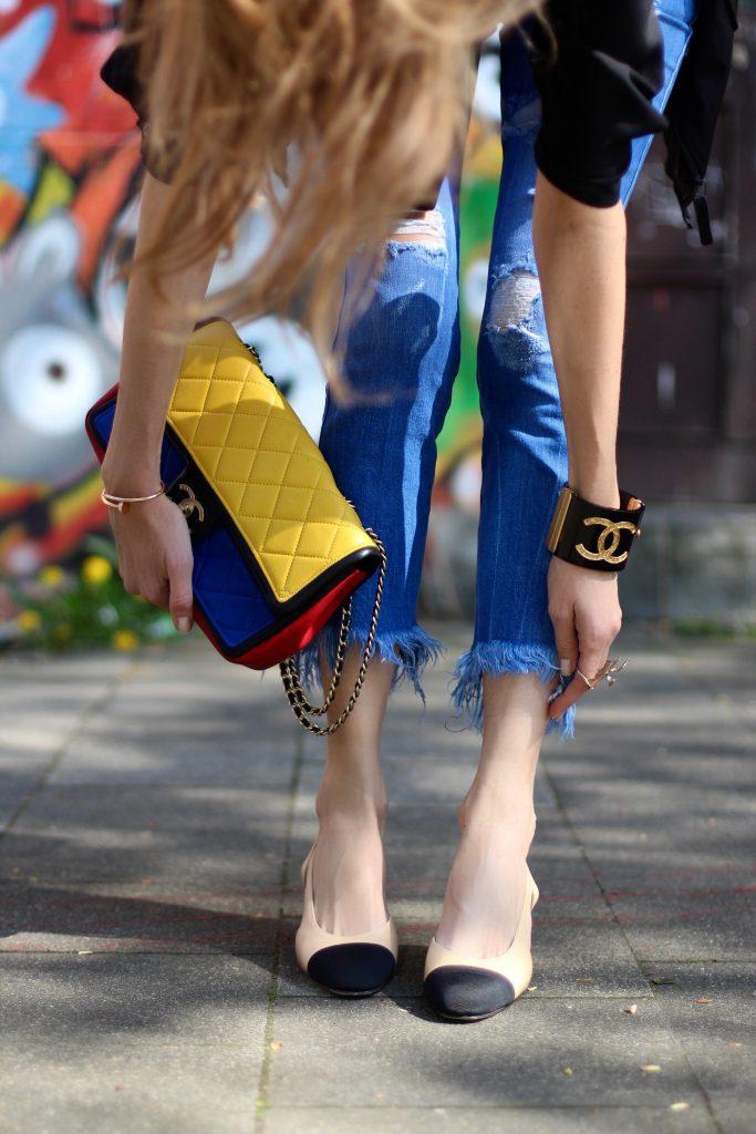 Alexandra Lapp wearing Theory, Zara, Chanel, Bernard Delettrez, Uniqlo