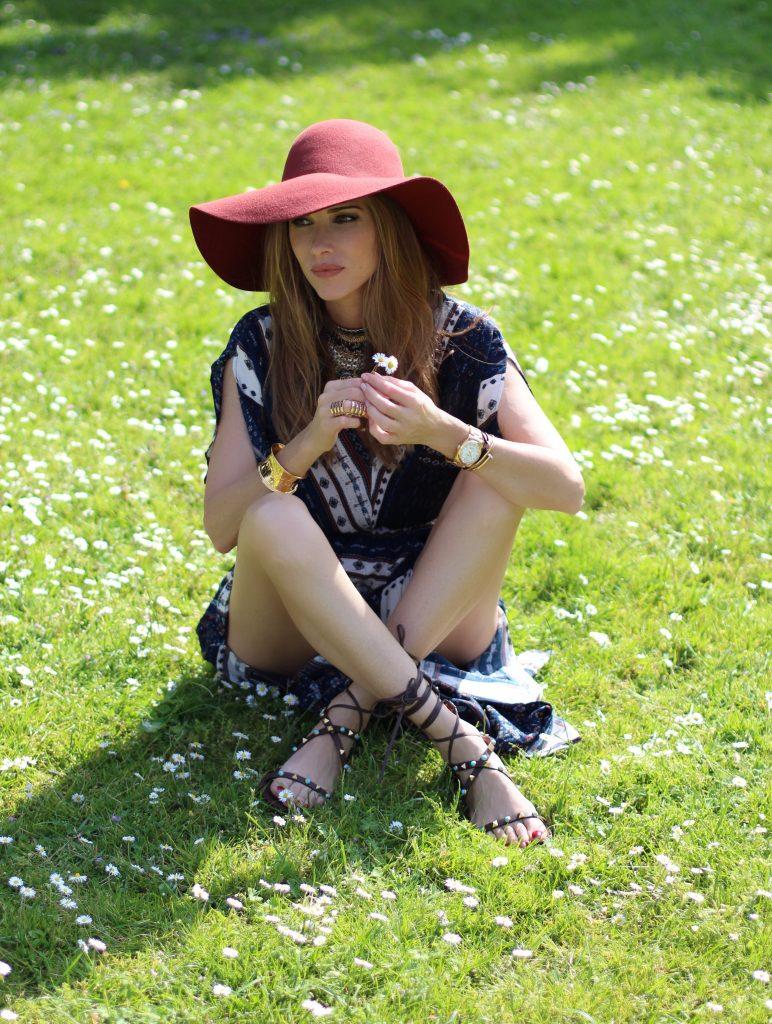 Alexandra Lapp wearing Boho Chic, Shein, Valentino, Chanel, Chanel Vintage, H&M, Aldo