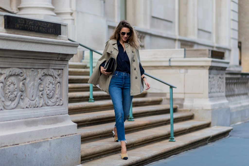 NEW YORK, NY - SEPTEMBER 13: German fashion blogger and model Alexandra Lapp (@alexandralapp_) wearing a trench cape from SET, Levis denim jeans, Chanel shoes, Gucci bag and Chloe sunglasses on September 13, 2016 in New York City. (Photo by Christian Vierig/Getty Images) *** Local Caption *** Alexandra Lapp