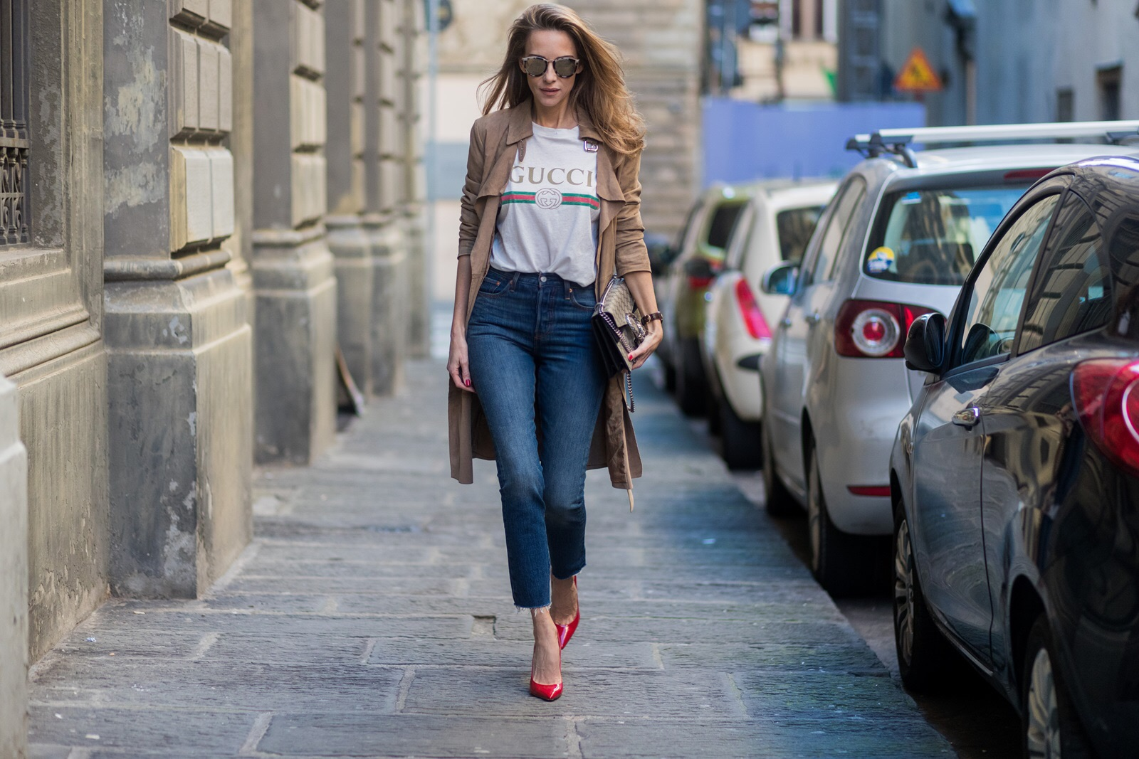 162692d7 FLORENCE, ITALY - JANUARY 11: German fashion blogger and model Alexandra  Lapp is wearing ...