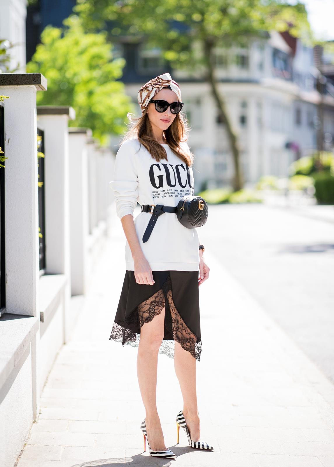 37b56b4e5236 ... Alexandra Lapp wearing a Gucci Belt Bag Look with a white crew-neck  cotton sweatshirt ...