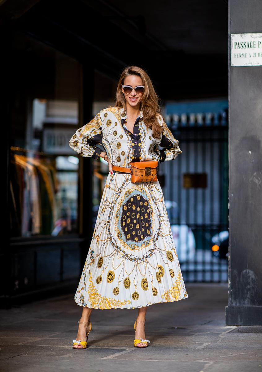 40f5b64e ... Alexandra Lapp in a Pattern Mix wearing a pleating chain patchwork print  skirt and a matching ...