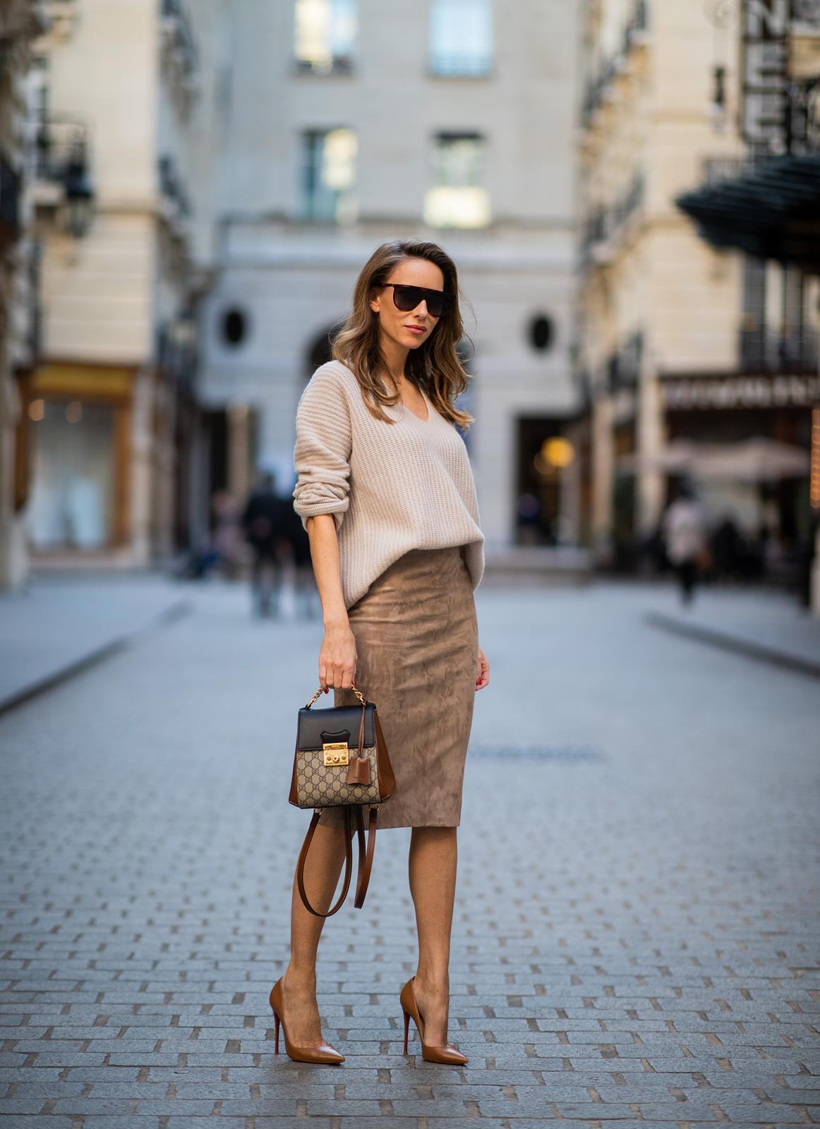 8d675e35b20d OFFICE STYLE | PENCIL SKIRT - Blog - Alexandra Lapp