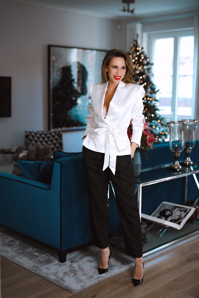 Alexandra Lapp is seen wearing different Festive Season Looks from The Outnet, Badgley Mischka, Loraine by Dannijo, Halpern, Iosselliani, Alexandre Vauthier, Claudie Pierlot, Christopher Kane on Dezember 2019