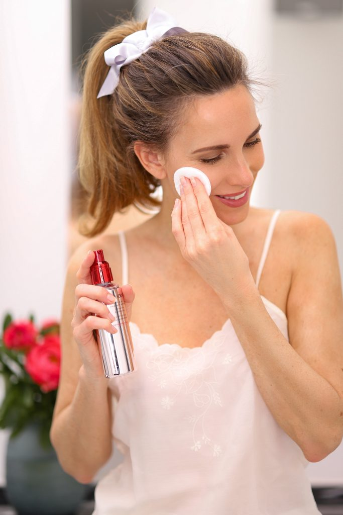 Alexandra Lapp applying the SHISEIDO Revitalizing Treatment Softener.