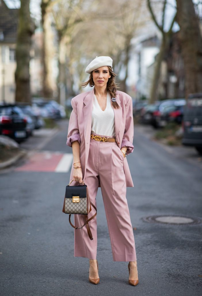 alexandra_lapp_dus_6th_feb_21-18Alexandra Lapp is seen wearing pastel suits from FRANKIE SHOP Pernille single-breasted blazer and Pernille high-rise pants in pastel pink , vintage beret in off white, GUCCI logo belt in camel, GUCCI monogram backpack in black and brown, GUCCI hair clips and CHRISTIAN LOUBOUTIN Kate pumps in camel.