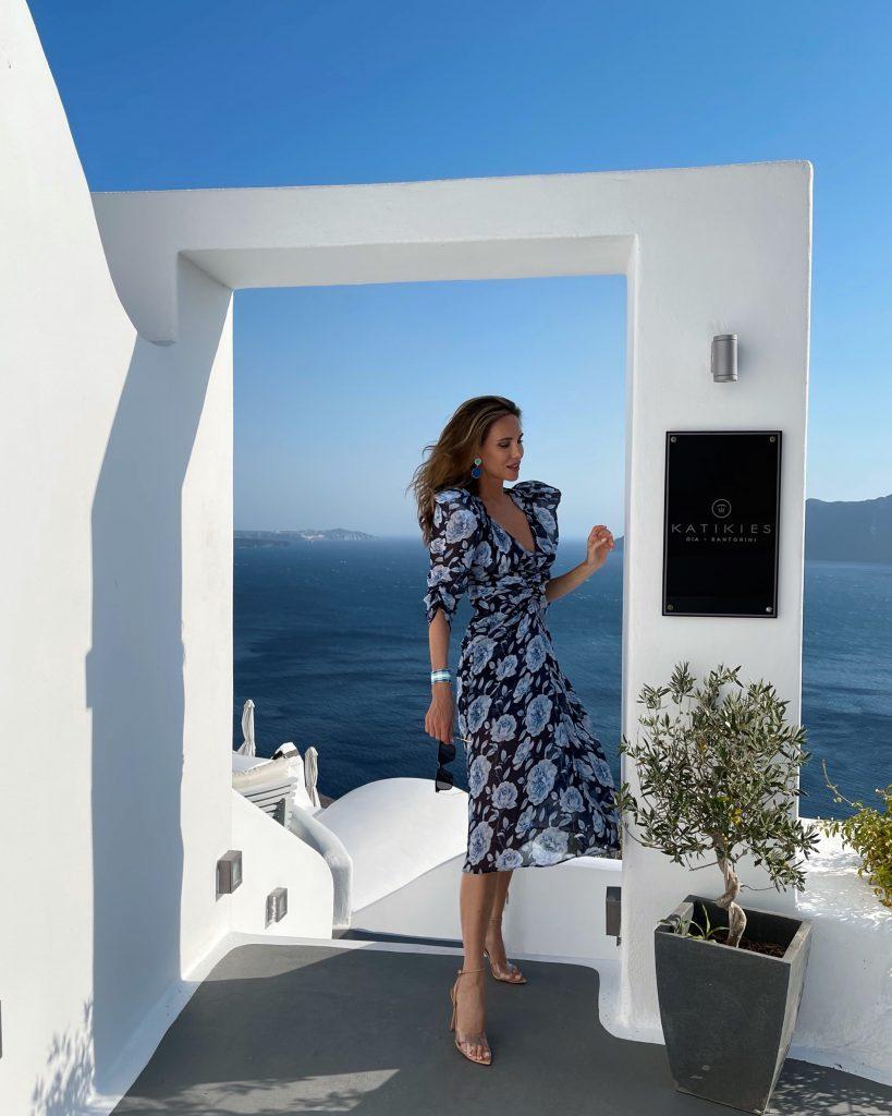 Alexandra Lapp is enjoying her summer holidays in the beautiful village Oia on Santorini.