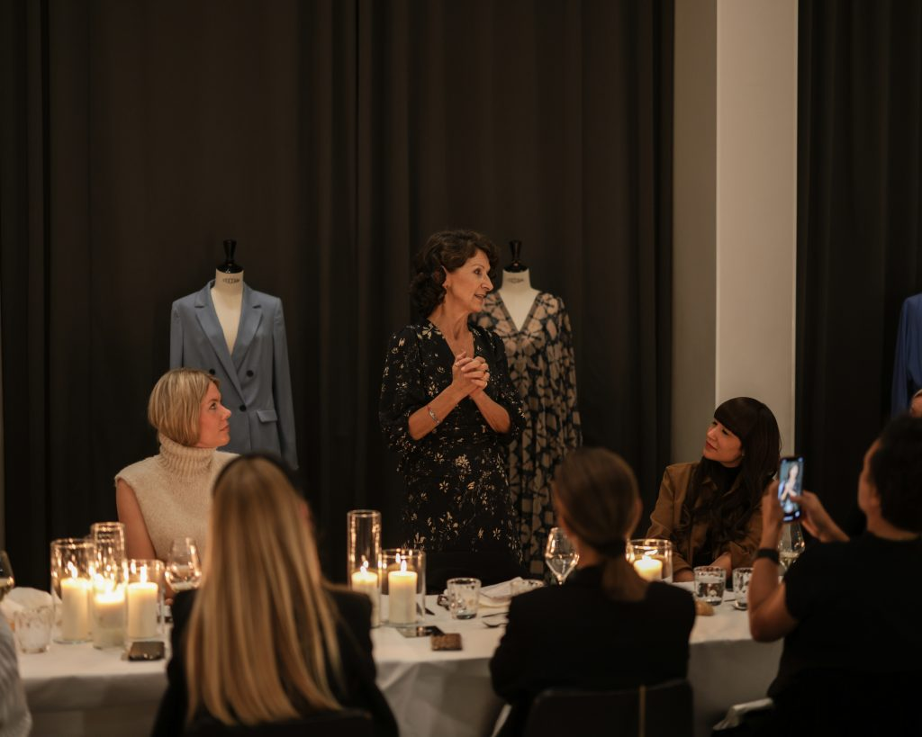 Alexandra Lapp joins COMMA FASHION on a weekend trip to Paris together with strong women dedicated to female empowerment - #strongertogether